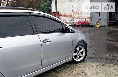 Mitsubishi Grandis 2005