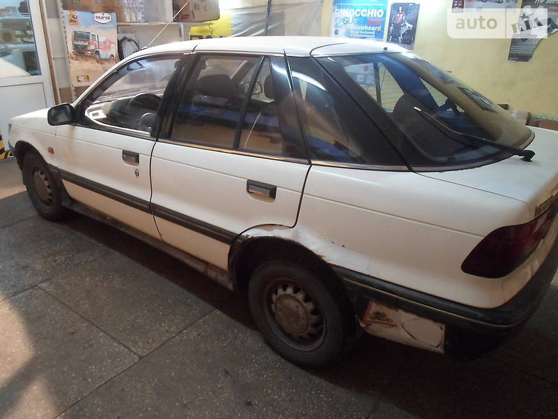 Mitsubishi Lancer 1990 в Киеве