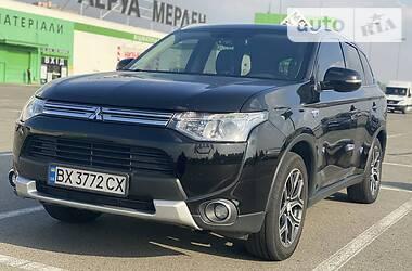 Mitsubishi Outlander PHEV 2014 в Киеве