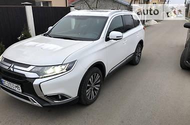 Mitsubishi Outlander 2019 в Львове