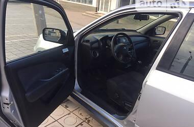 Позашляховик / Кросовер Mitsubishi Outlander 2003 в Маріуполі