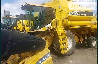 Комбайн зерноуборочный New Holland TX 66 2004 в Тернополе