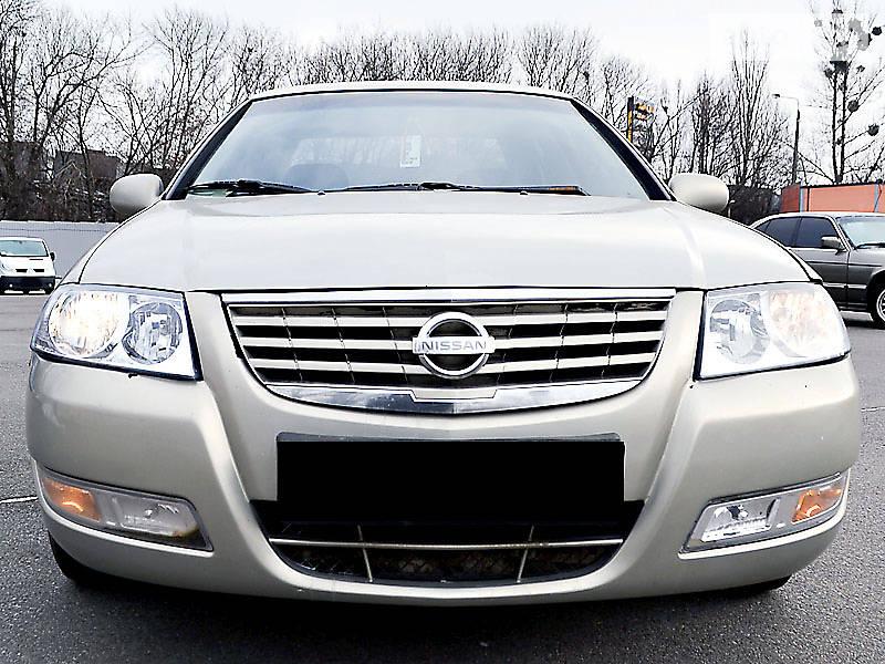 Nissan Almera 2009 року