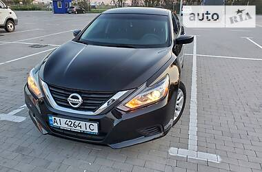Nissan Altima 2016 в Киеве