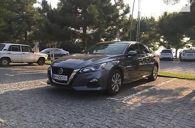 Седан Nissan Altima 2019 в Одессе