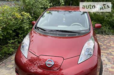 Хэтчбек Nissan Leaf 2014 в Киеве