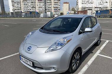 Хетчбек Nissan Leaf 2013 в Києві