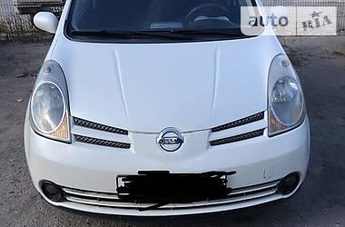 Хэтчбек Nissan Note 2005 в Лутугине