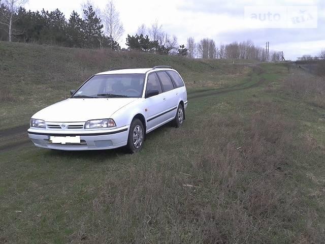 Nissan Primera 1994 в Лозовой
