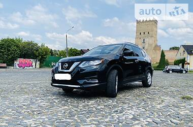 Nissan Rogue 2017 в Луцке
