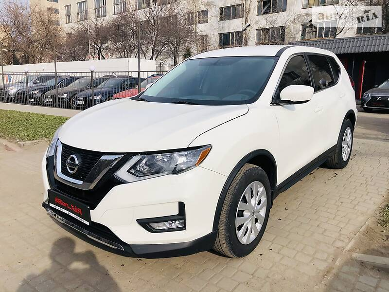 Позашляховик / Кросовер Nissan Rogue 2017 в Одесі