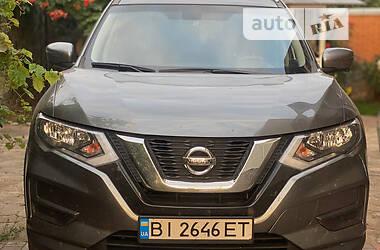 Позашляховик / Кросовер Nissan Rogue 2017 в Полтаві