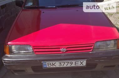 Хэтчбек Nissan Sunny 1989 в Ровно
