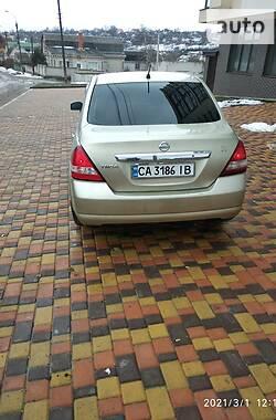 Седан Nissan TIIDA 2006 в Умані