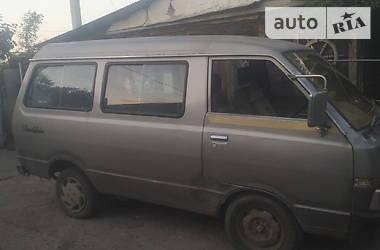 Седан Nissan Vanette пасс. 1985 в Черноморске