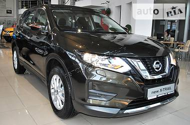 Nissan X-Trail 2.0 AT 4WD Visia 2017