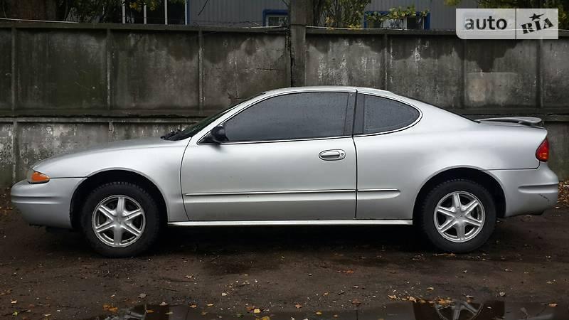 Oldsmobile Alero 2004 года