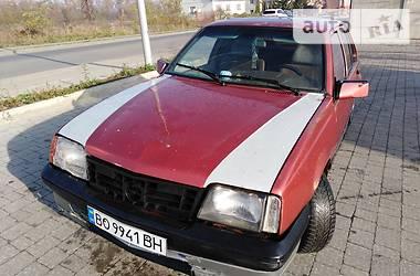 Opel Ascona 1987 в Ивано-Франковске