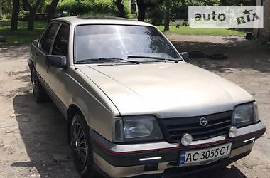 Opel Ascona 1986 в Нововолынске