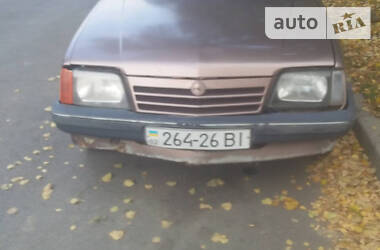 Opel Ascona 1988 в Немирове