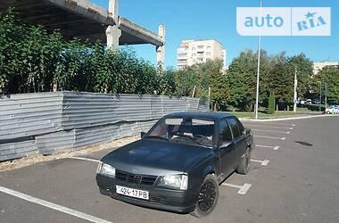 Opel Ascona 1985 в Ровно