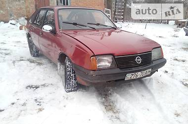 Opel Ascona 1985 в Миргороде
