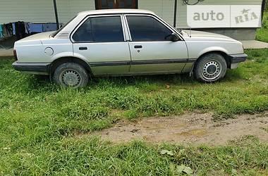 Седан Opel Ascona 1988 в Сторожинце