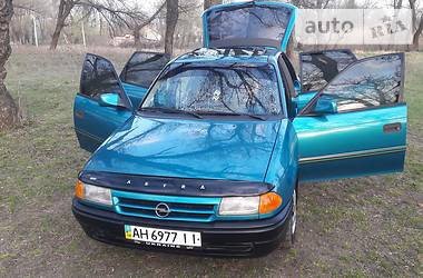 Opel Astra F 1994 в Донецьку