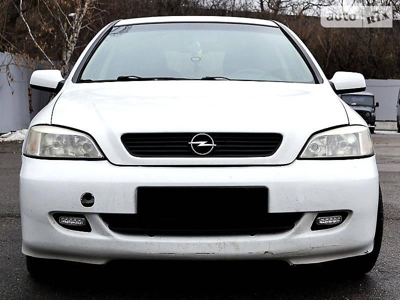 Opel Astra 2003 року