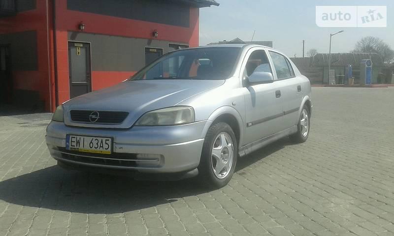 Opel Astra 1999 года