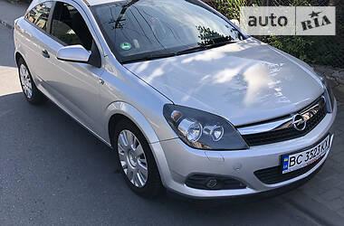 Купе Opel Astra GTC 2009 в Львові