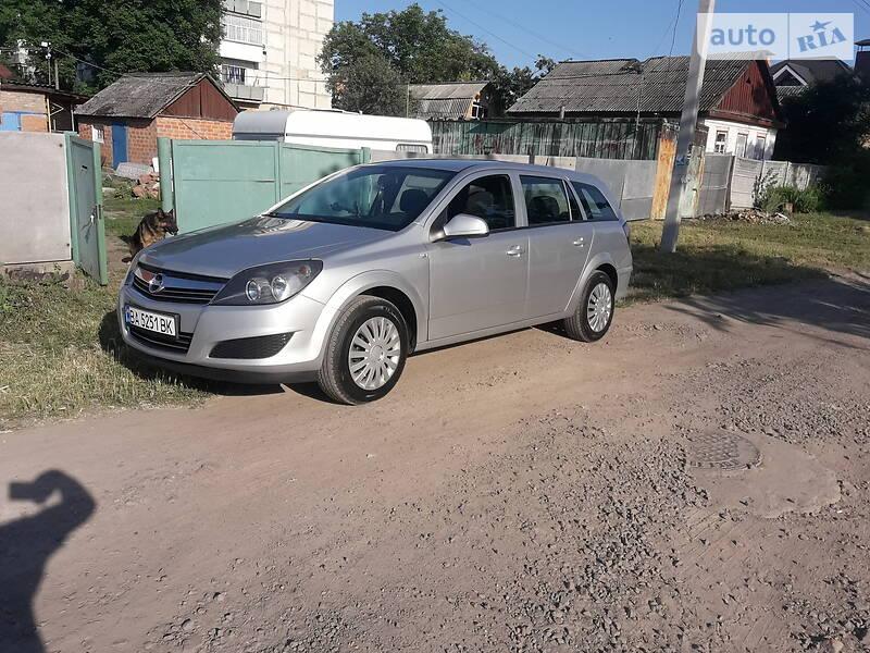 Opel Astra H 2011 в Александрие