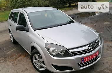Opel Astra H 2010 в Луцке