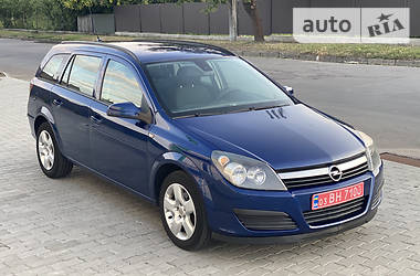 Универсал Opel Astra H 2006 в Владимир-Волынском