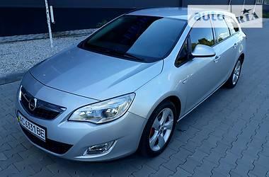 Opel Astra J 2011 в Белой Церкви