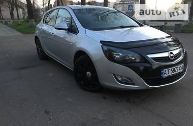 Opel Astra J 2010 в Калуше