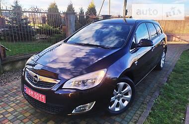 Opel Astra J 2012 в Стрые