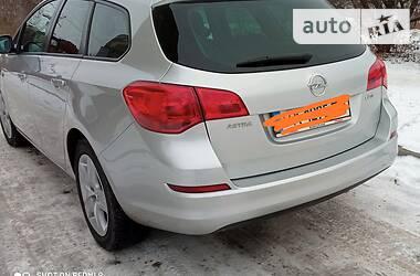 Унiверсал Opel Astra J 2011 в Старокостянтинові