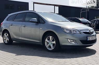 Универсал Opel Astra J 2012 в Стрые