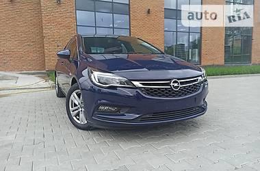 Хэтчбек Opel Astra K 2017 в Черновцах