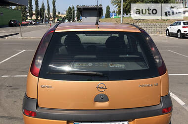 Opel Corsa 2003 в Киеве