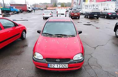 Opel Corsa 2000 в Киеве