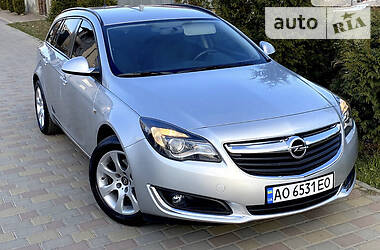 Opel Insignia Sports Tourer 2016 в Ужгороде