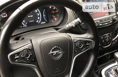 Opel Insignia Sports Tourer 2016 в Луцке