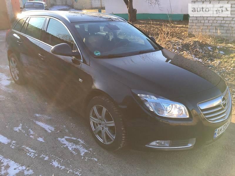 Унiверсал Opel Insignia 2013 в Сєверодонецьку
