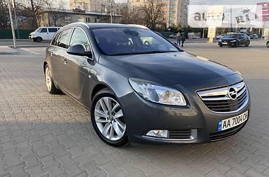 Универсал Opel Insignia 2012 в Киеве