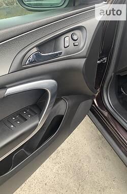 Хэтчбек Opel Insignia 2016 в Долине