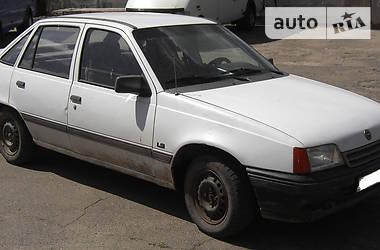 Opel Kadett 1990 в Звенигородке