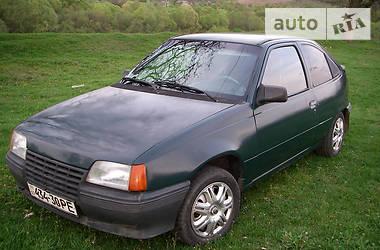 Opel Kadett 1987 в Перечине