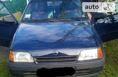 Opel Kadett 1988 в Полтаве